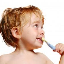 Burnos higiena ir dantukų priežiūra (1-6 metai)